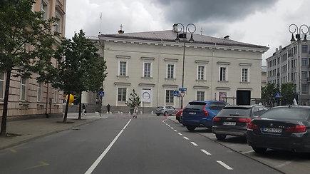 """Kilpinis eismas Vilniaus senamiestyje: su """"Waze"""" iš Vokiečių gatvės į Universiteto gatvę važiavome ratais"""