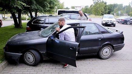 """Jono Valančiūno pokštas: į treniruočių stovyklą Palangoje atvyko su senute """"Audi 80"""""""