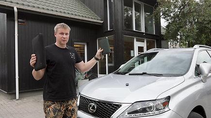 Raktininkas parodė kaip veikia mašinvagių įranga: apynaujis automobilis atrakintas per kelias sekundes
