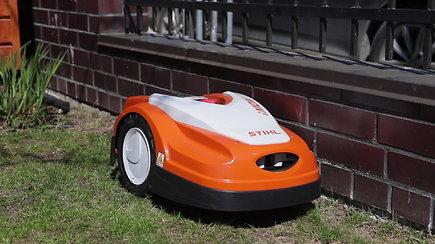 Žaliasis pusvalandukas su Tautvydu Gursku: robotas-vejapjovė