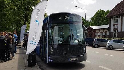Pristatytas Klaipėdoje pagamintas elektrinis autobusas, kurį įkrauti prireiks vos 5 minučių