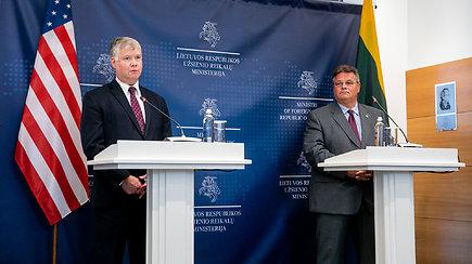 Komentarai po L.Linkevičiaus ir JAV valstybės sekretoriaus pavaduotojo S.Bieguno susitikimo (angliškai)