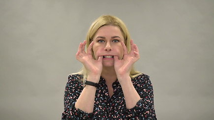 Veido mankšta: pratimai nosies ir lūpų raukšlėms