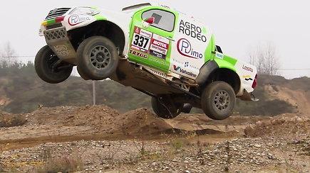 Vaidotas Žala išbandė automobilį, kuriuo važiuos 2019-ųjų Dakare