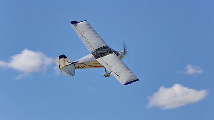 """""""Kylam"""": Europos ultralengvųjų orlaivių čempionate – ant prizininkų pakylos ir lietuviai"""