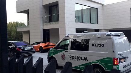 Egidijų Dragūną iki namų kiemo atsivijo policija