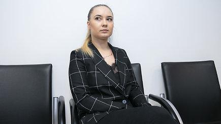 A.Kandelį apkaltinusios šokėjos komentaras po teismo posėdžio