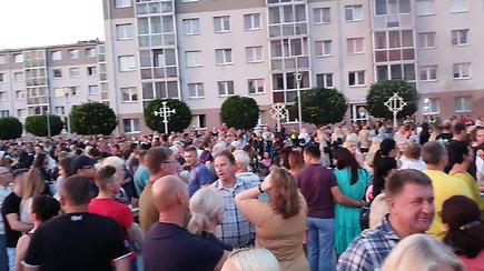Jonavoje teko pristabdyti Joninių šventę: susirinko per daug žmonių