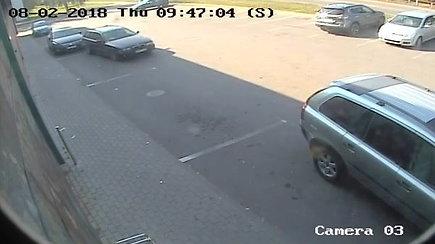 Stebėjimo kamerų užfiksuotas eismo įvykis Alytuje