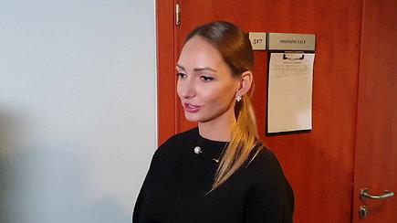Nukentėjusiosios Loretos Adomaitienės komentaras po teismo posėdžio: draugyste nebekvepia