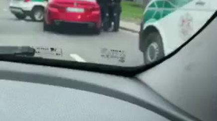 Policijos operacija Vilniuje – atliktos kratos BMW automobiliuose