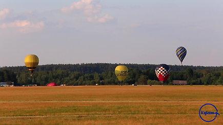 """""""Kylam"""": ilgametes oreivystės tradicijas turinčiame Birštone varžėsi geriausi Lietuvos pilotai"""
