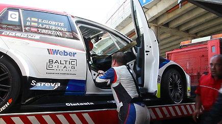 Gsr motorsport komanda apdaužė automobilį