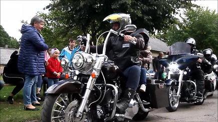 """""""Beardy riders"""" pradžiugino Kuršėnų vaikus"""