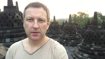 Saulės pasitikimas Borobuduro šventykloje, Indonezijoje