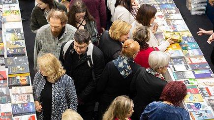 20-oji Vilniaus knygų mugė atviliojo minias žmonių