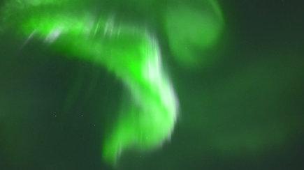 Užburianti Šiaurės pašvaistė Suomijoje pradėjo šio gamtos fenomeno sezoną