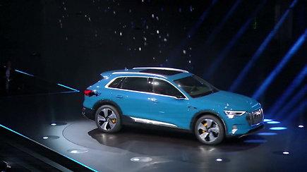 """Pristatytas pirmasis elektrinis """"keturių žiedų valdovas"""" – """"Audi e-tron"""""""