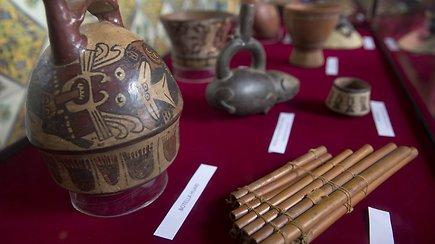 Peru atgavo daugiau nei 1700 iš šalies pavogtus artefaktus