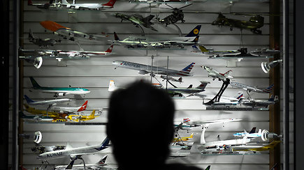 Didžiausia pasaulyje orlaivių kolekciją airis padovanojo oro uostui