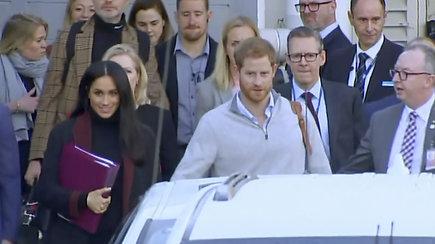 Pirmoji didelė Meghan Markle ir princo Harry kelionė: karališkoji pora pradėjo vizitą Australijoje