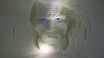 """Pasižvalgykite po įspūdingą """"Sostų karų"""" ledo viešbutį Laplandijoje – dekoravo ir lietuvis A.Petkus"""