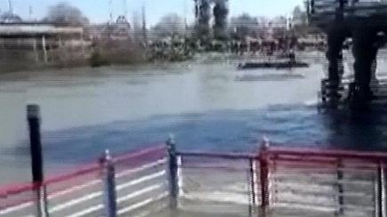 Irake Tigro upėje nuskendus keltui žuvo mažiausiai 45 žmonės