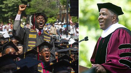 Neįtikėtinas milijardieriaus pažadas pribloškė studentus: sumokės absolventų studijų paskolą