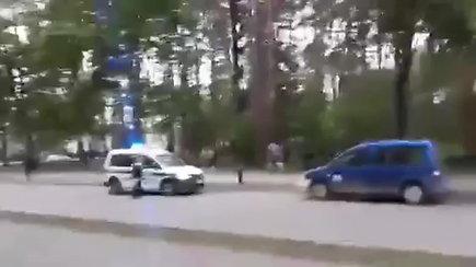"""Policija įsikišo į """"Green White Boys"""" ir """"Dzūkų tankų"""" susirėmimą"""