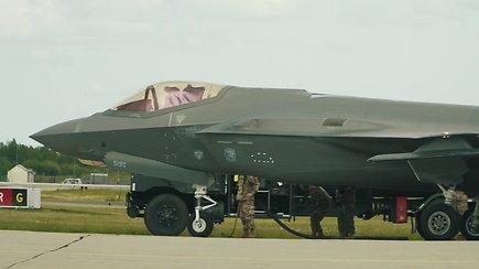 Lietuvoje pirmą kartą leidosi penktos kartos naikintuvai F-35A