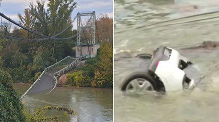 Prancūzijoje sugriuvus tiltui, į vandenį nukrito automobiliai: žuvo paauglė, dar kelių žmonių ieškoma
