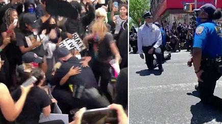 Pasidalijo ir emocionaliomis akimirkomis: pareigūnai prisidėjo prie protestuotojų ir žadėjo pokyčius