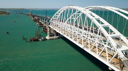 Tilto į aneksuotą Krymą statybos