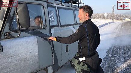 Karolis Mieliauskas motociklą iškeitė į automobilį, kurio gedimus galima pašalinti plaktuku
