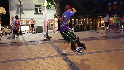 Gatvės šokių šokėjas Palangoje Mindaugas Kvietkauskis