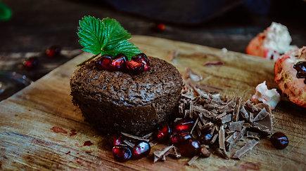Gardūs ir aromatingi šokoladiniai keksiukai ypatingai progai