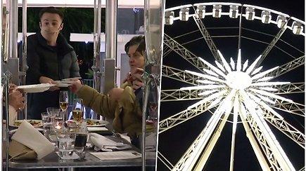 Vakarienė apžvalgos rate už 130 eur – restorano pastangos sumažinti dėl pandemijos kilusius nuostolius