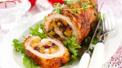 Kalėdų stalui – mėsos vyniotiniai su įvairiais įdarais