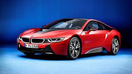 BMW nusprendė eiti nauju keliu ir paskelbė, kaip vadins savo naujuosius elektrinius krosoverius