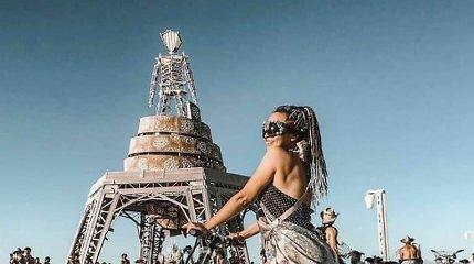 """Išskirtinis """"Burning Man"""" festivalis Nevados dykumoje"""