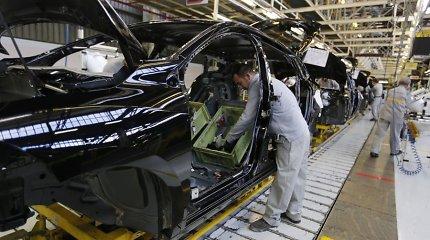 Automobilių gamyba Didžiojoje Britanijoje toliau mažėja