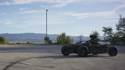 Viskas viename: automobilis, galintis pavirsti bet kuriuo jums patinkančiu modeliu