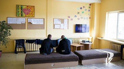 """Nepilnamečių pataisos namų direktorius – atvirai apie tai, kas dedasi """"vaikų kalėjime"""""""