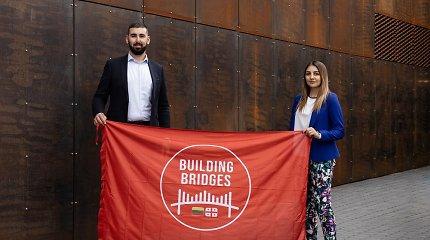 Iš Vilniaus į Tbilisį nužygiavęs N.Amirgulašvili tęsia misiją: steigia draugystės ambasadą ir žada Suprą