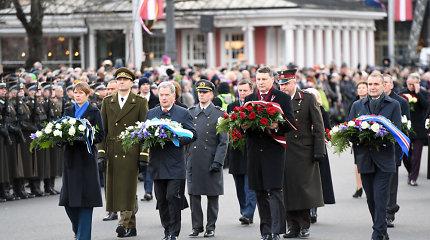 Latvijos šimtmetis: tūkstančiai žmonių ceremonijoje Rygoje ir renginiai beveik 40-yje pasaulio šalių