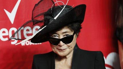 Johno Lennono našlei Yoko Ono prireikė skubios medikų pagalbos
