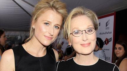 Holivudo superžvaigždė Meryl Streep tapo močiute: dukra padovanojo pirmąjį anūką