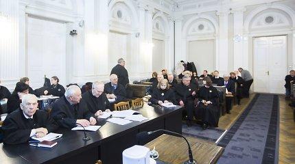 Sausio 13-osios bylos kaltinamųjų advokatai pasigenda įrodymų dėl organizuotos grupės