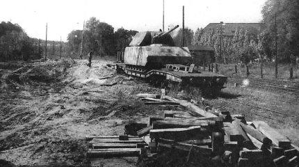 Panzer VIII Maus – sunkiausias tankas pasaulyje: kam vokiečiams prireikė tokio monstro?