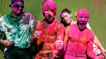 """""""Red Hot Chili Peppers"""" ateinančią vasarą koncertuos Latvijoje"""